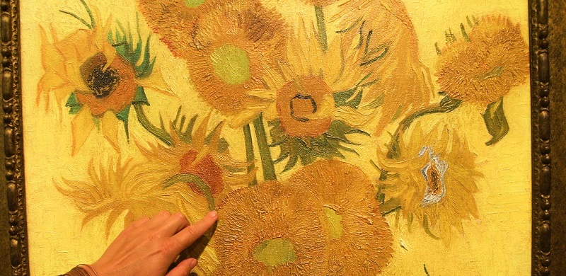 Van Gogh's Sunflowers - the tangible version in the Van Goghmuseum.